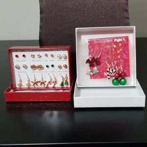 👻*AVON and JCP* Christmas earring sets
